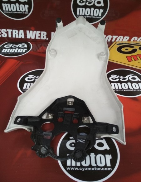 Carenado BMW F800GS 2010 (1)